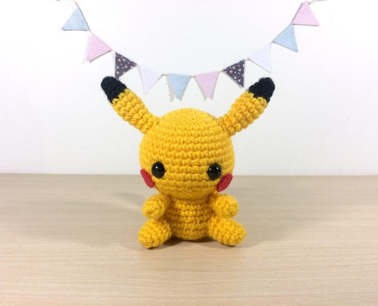 Crochet Patterns Pokemon Characters : Pikachu - Pokemon Character - Free Amigurumi Crochet ...