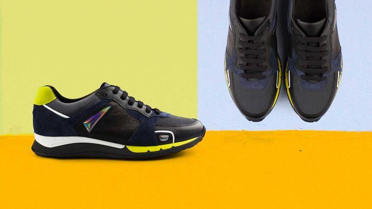"""Una volta si chiamavano tutte """"scarpe da tennis"""", ricordate? Da allora molto è successo ed oggi la sneaker rappresenta quell'universo..."""