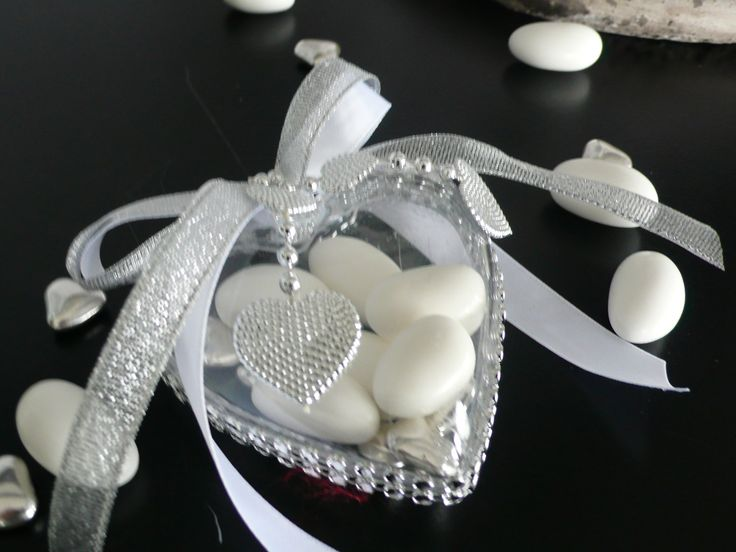 dragées mariage ou baptême romantique: coeur, stass et rubans : Boîtes, coffrets par fee-des-mains