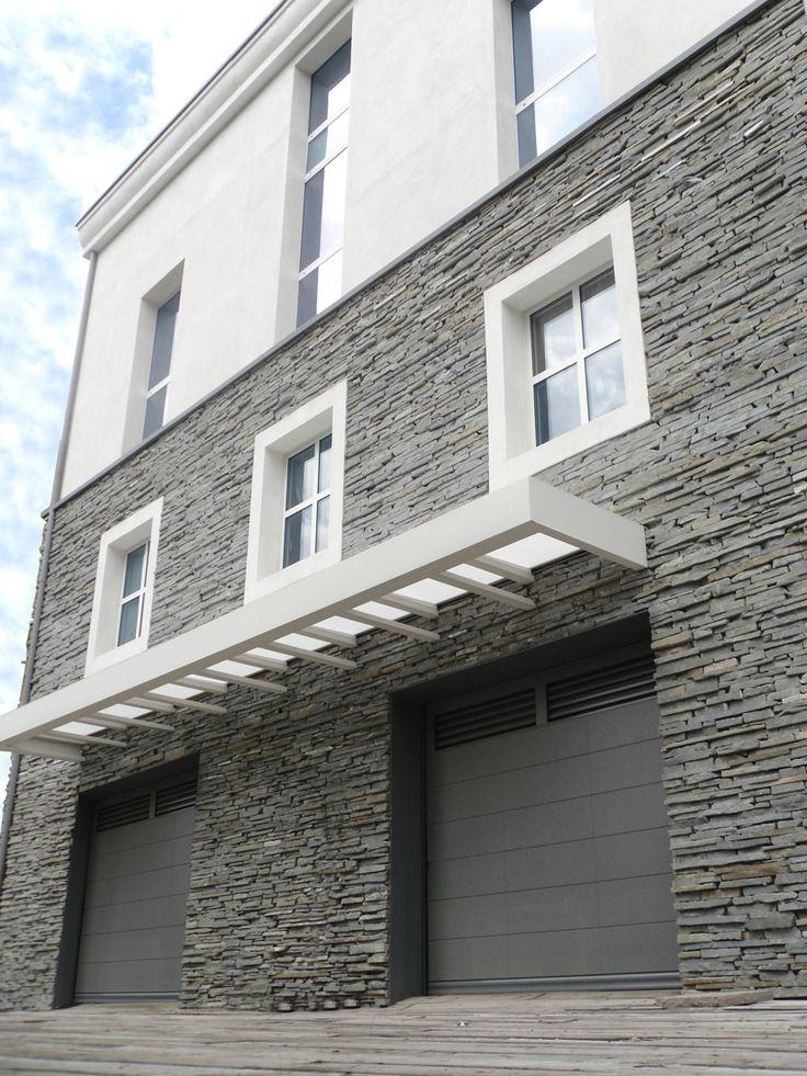 Architettura 4: una sovrapposizione di volumi e forme per una ristrutturazione. Progetto www.gariselliassociati.it