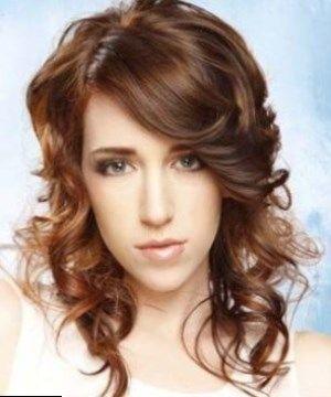 Photo de coiffure femme - https://tendances-coiffure.eu/courte/photo-de-coiffure-femme.html.