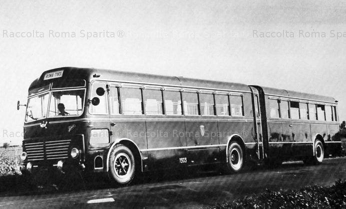 Foto storiche di Roma - Autobus articolato OM Orione