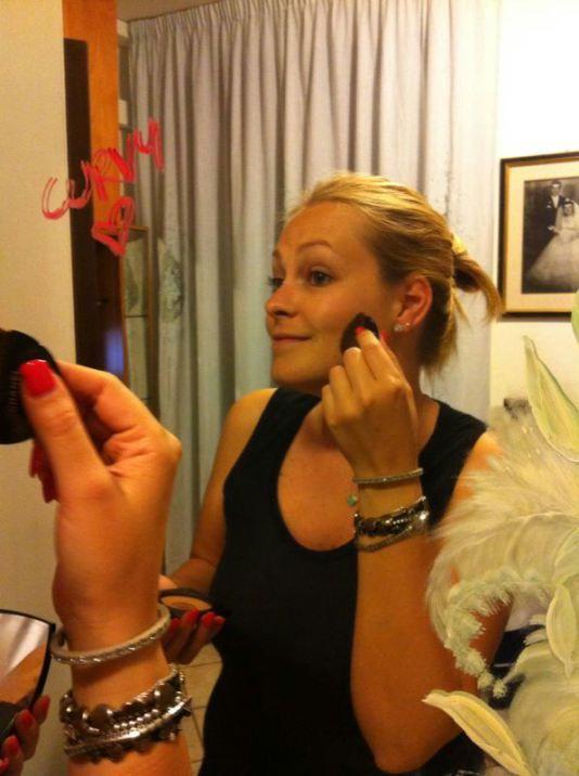 Curve allo Specchio: Francesca Bramati / Curves in the Mirror #curveallospecchio #curvesinthemirror #francescabramati #curvy #beautyhasnosize #specchio #mirror #autostima #selfacceptance #bodyconfidence #curvypride #cimettolacurva #bodyimage http://cimettolacurva.wordpress.com/2014/05/24/curve-allo-specchio-francesca-bramati/