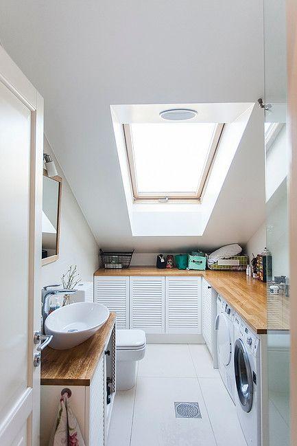 scandinavian design // minimal interior // white bathroom