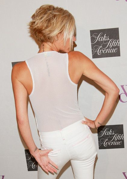 Victoria Beckham Hair back - this is ideally what I want with my bob - really short/piecey in back.