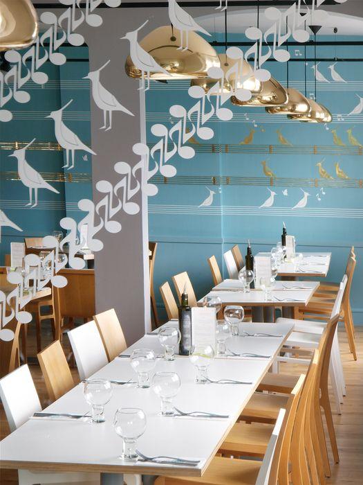 100 ideas living room interior design inspired by the glamorous restaurants and bars - Beaded Inset Restaurant Interior