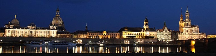 Dresden / Sachsen  Altstadtpanorama bei Nacht   from http://www.sachsen-virtuell.de