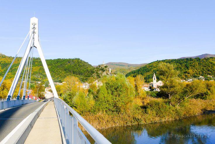 VOLOB02 - Village de Volonne - Alpes de Haute Provence 04