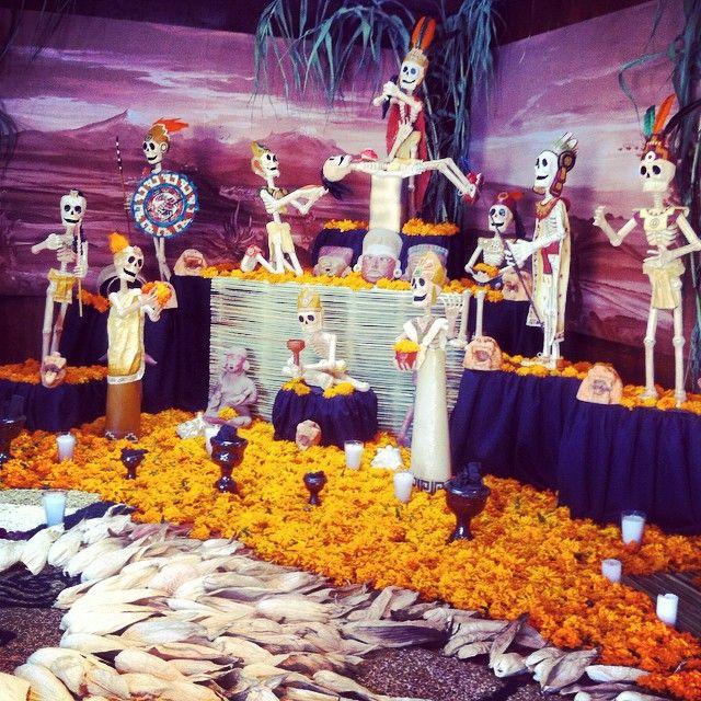 Época Prehispánica #ofrenda #puebla #soypoblana #dayofthedead #diademuertos #mexico #travel #corredordeofrendas