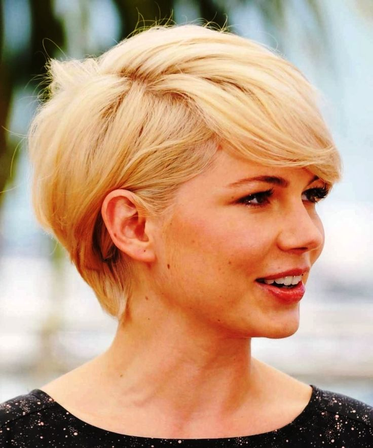 Short Hairstyles For Round Faces ideas