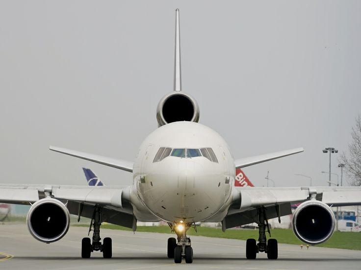 Twarzą w twarz z MD-11. Fot. Piotr Karwiński
