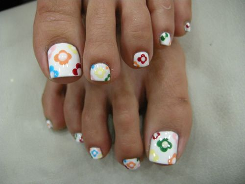 Google Image Result for http://www.nails-art-pictures.com/uploadfile/2011/0608/cute-toe-nails-art-designs-pictures-5.jpg