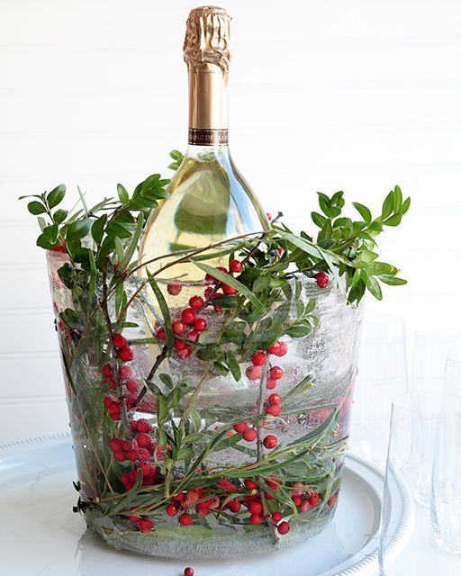 Festive Frozen Ice Bucket: It's Made of ICE! - http://www.sweetpaulmag.com/crafts/festive-frozen-ice-bucket-its-made-of-ice #sweetpaul