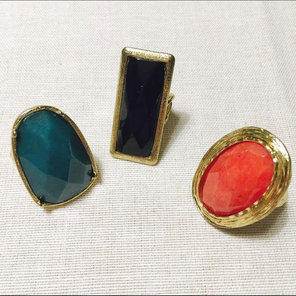 🆕 ✨3 Big Natural Stone Rings💍 ✨3 Big Natural Stone Rings💍 All of rings are $12 Jewelry Rings