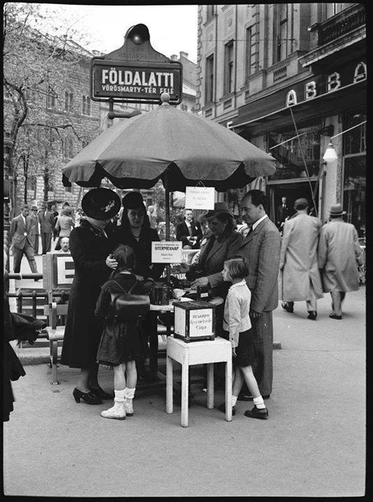 Oktogon, Budapest [1942].