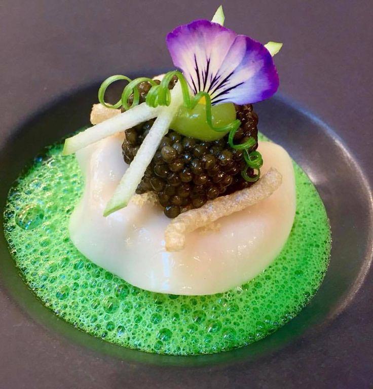 Thanks to Jan Hartwig - Restaurant Atelier, München Pork chin with lardo - potatoe - chives - caviar #food4inspiration