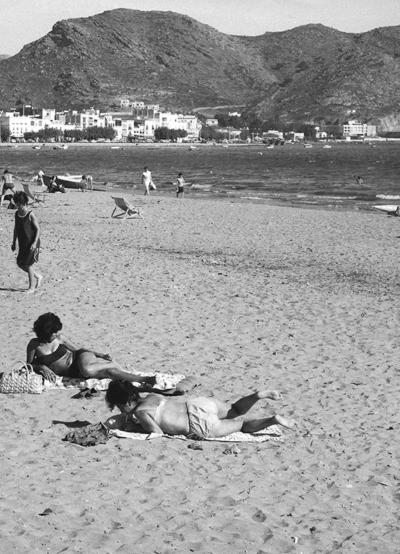a85p36p361 primeros bikinis costa brava girona 1964