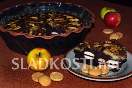 Jablečný koláč s piškoty