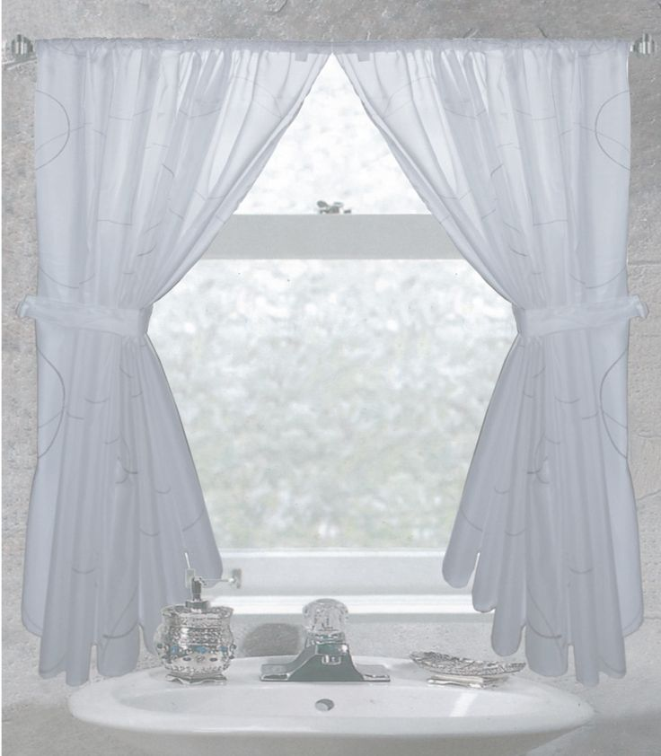 1000+ Ideas About Bathroom Window Curtains On Pinterest