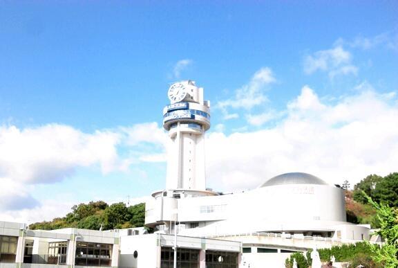 日本標準子午線東経135°、明石天文科学館の時計はSEIKO