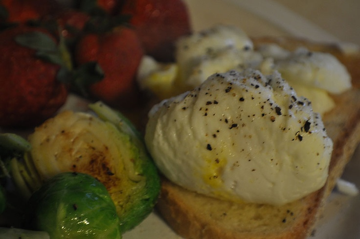 ... fancy breaky) | Pinterest | Poached Eggs, Easy Poached Eggs and Eggs