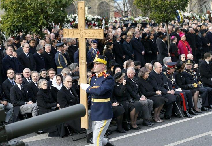 Romania, l'omaggio dei reali d'Europa a re Michele I