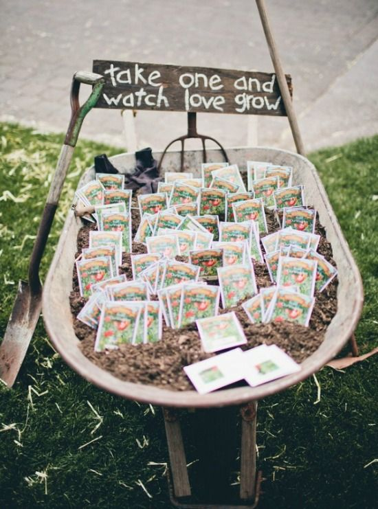 Super cute #seedling #packets as wedding #favours