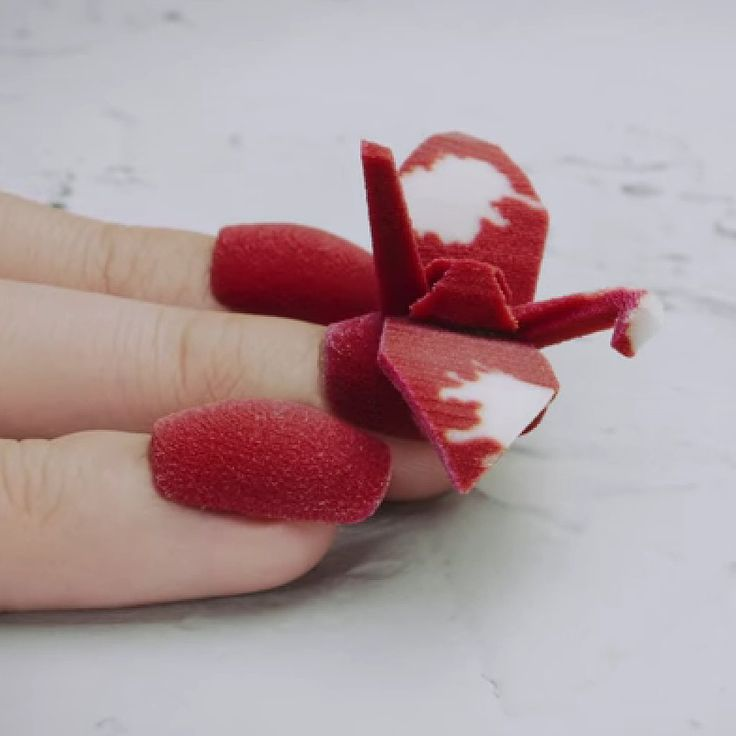 Watch How 3D Printers Are Changing the Future of Nail Art: We've already seen how 3D printing has revolutionized the health industry and the way we eat, but now, we beauty fanatics are reaping the benefits.