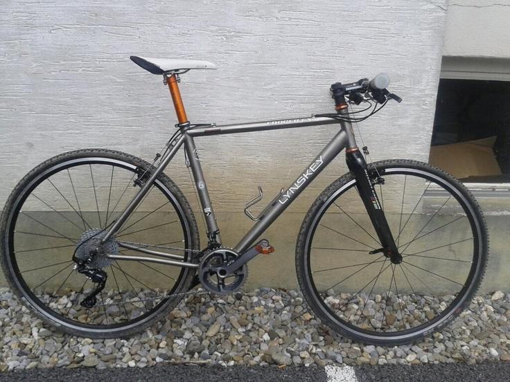 Lynskey Ti Cyclocross X Flatbar Revelo Friends