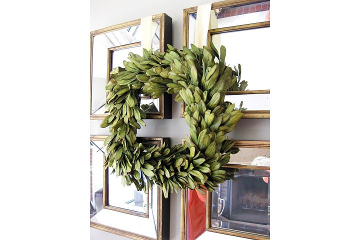 square Christmas wreath