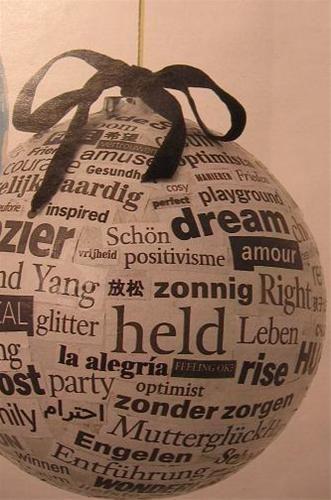 Kerstbal DIY papier-maché met tekst