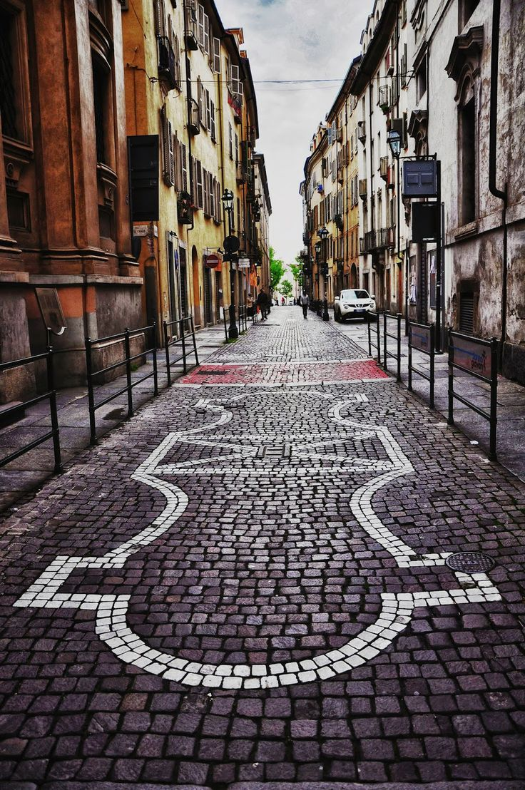 Via delle Orfane, Torino