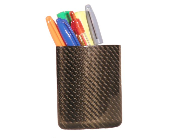 The pen holder has no problems with you darting your p