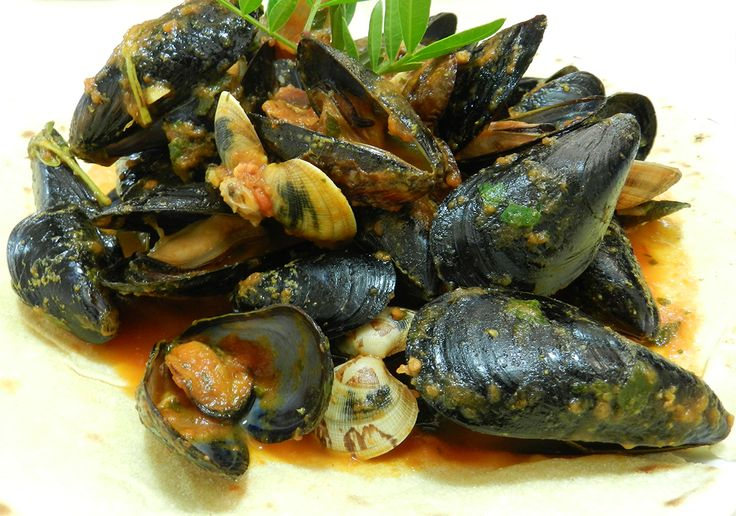 Zuppa di cozze e arselle #ricettedisardegna #cucinasarda #sardinia #recipe