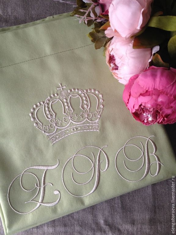 Купить Постельное белье с вышивкой - Юбилейное - оливковый, белый, постельное белье, монограмма, юбилей
