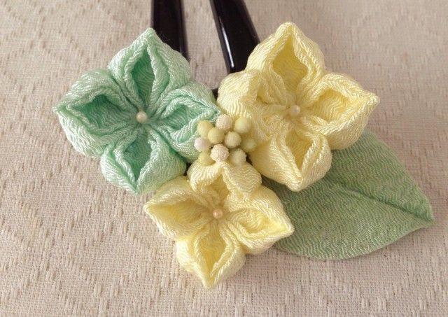 〈つまみ細工〉紫陽花のかんざし(三輪・レモン&白緑)の画像3枚目