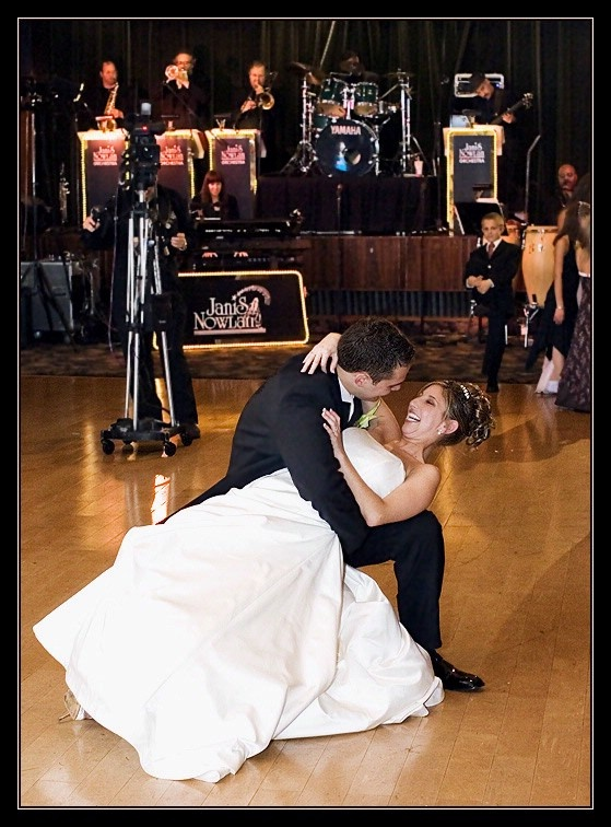 We Offer Wedding Dance Lessons Classes For Anyone