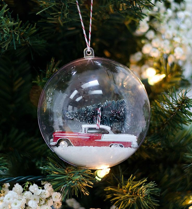 Christmas Craft Idea: Paper Trees
