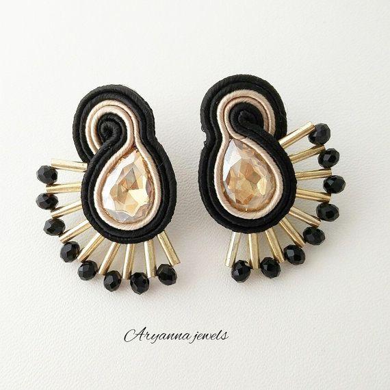 little soutache earring ventaglio by AryannaJewels on Etsy