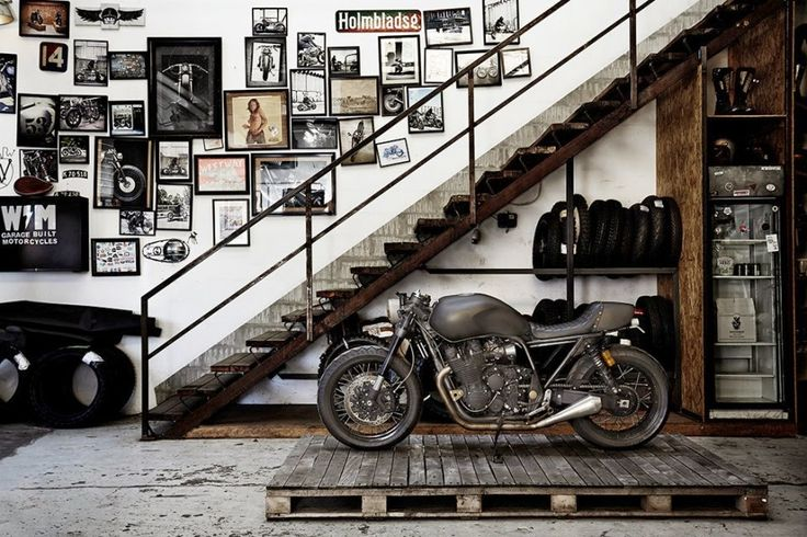 Motorcycle Man Cave Decor: LE CONTAINER: ...ulf