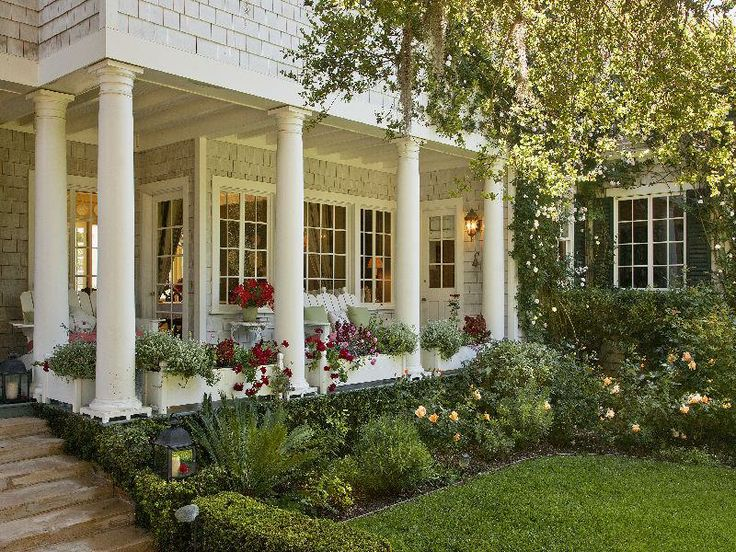 25 best ideas about side porch on pinterest side door for Side porch designs
