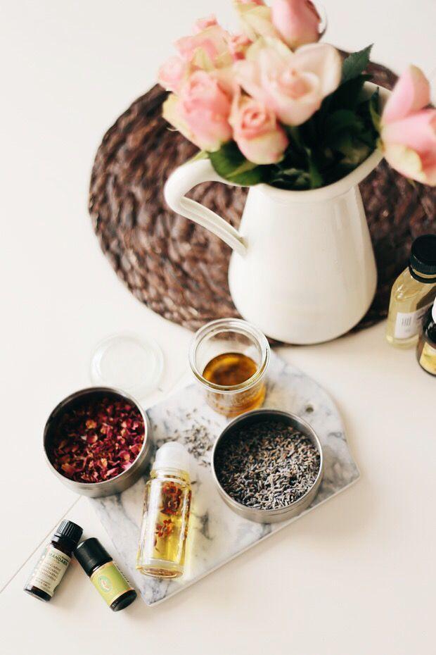 iloveyoumydear, DIY recipe pregnancy oil for avoiding stretchmarks, Schwangerschaftsöl Rezept gegen Schwangerschaftsstreifen, selber machen/Selbst gemacht.