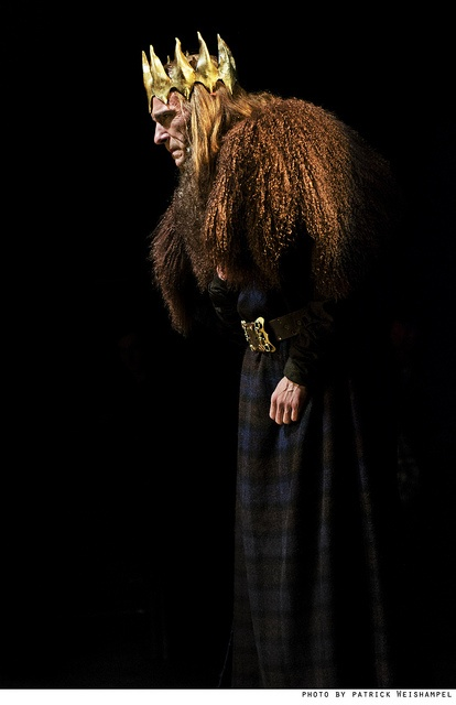 macbeth and the jacobean scot William shakespeare sets his drama at a moment in scottish history soon after the end of english rule, which had dominated scotland from the beginning of the tenth century.