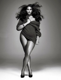 Wow - she is curvy, strong and stunning!