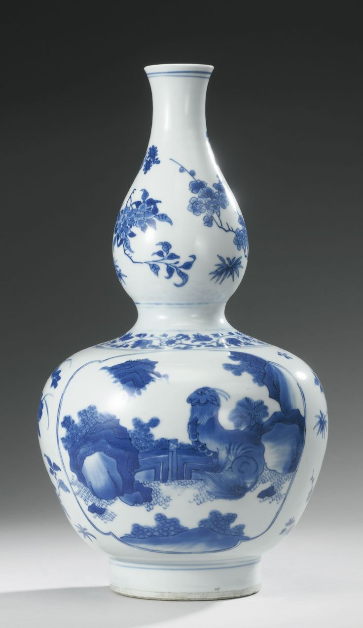 A Blue And White Double Gourd Vase Transitional Period