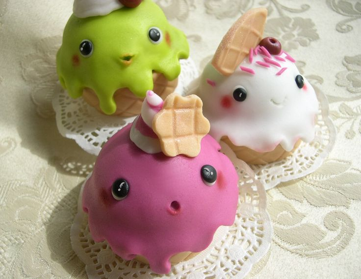 Cupcakes decorati Kawaii ice-cream cupcakes