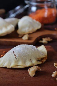 Tulpentag: Teigtaschen mit roten Linsen, Süßkartoffel und Walnüssen