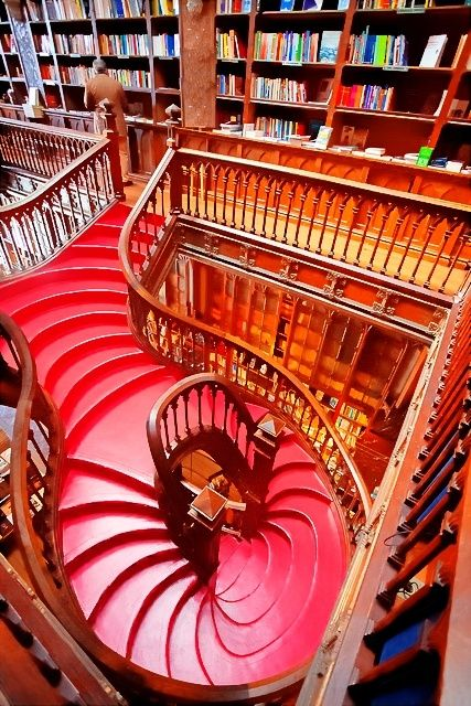 Bookstore Lelo Porto | Wonderful Places