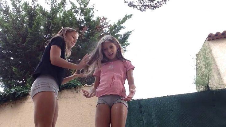 Best friends challenge in Pool Tags desafio da piscina, | Desafio da piscina, Desafios, Fotos de biquíni
