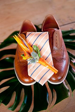 A colorful and vibrant tropical birds of paradise wedding styled shoot by Jennie Karges Photography